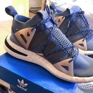 Adidas women shoes 7